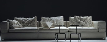 Flexform furniture from contemporary home for Le canape flexform