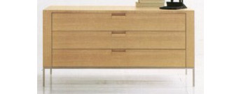 Apta Chest of Drawers by Maxalto